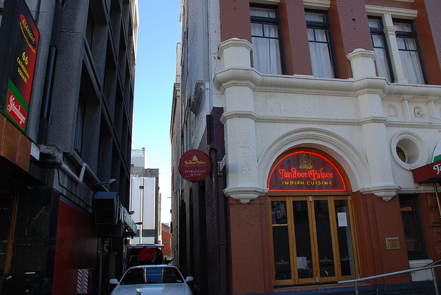 Tandoori Palace in Christchurch Square (2007)